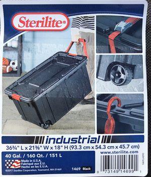 40 Gallon Storgae tote w/ Wheels (2 for $20) for Sale in Escondido, CA