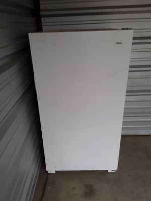 Whirlpool upright freezer for Sale in West Columbia, SC