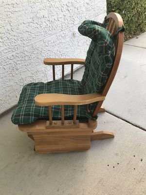 Vintage kids rocking chair rocks back and forth solid wood 1st $50 takes for Sale in Las Vegas, NV