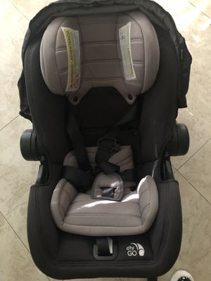 Car seat for Sale in Coral Gables, FL