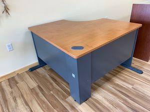 Computer table for Sale in Coldwater, MI