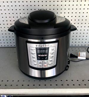 Instant Pot 6qt for Sale in Long Beach, CA