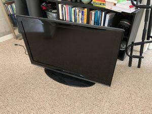 40 inch TV for Sale in Ann Arbor, MI