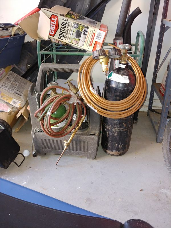 Welders tanks and freon tank
