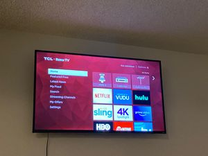 65 inch smart 4K Roku TCL TV for Sale in Anaheim, CA