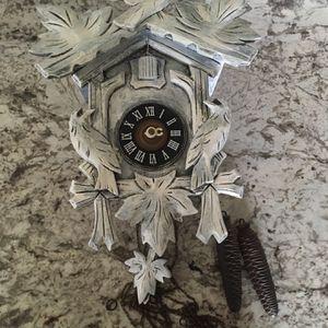 Vintage cuckoo clock for Sale in Hesperia, CA