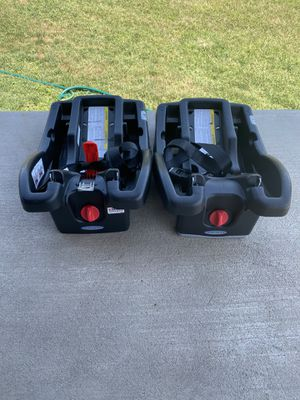 Graco click connect car seat bases for Sale in Pflugerville, TX