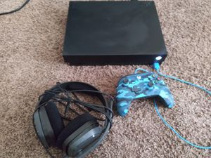 Xbox one X for Sale in Tampa, FL