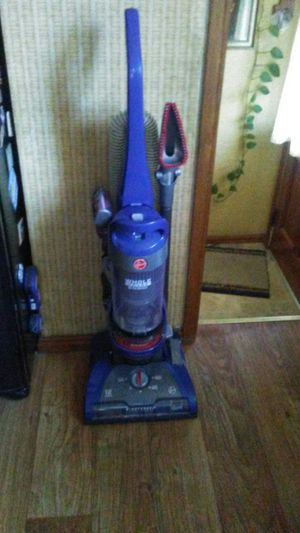 Hoover vaccum for Sale in Strongsville, OH