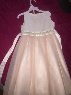 Girl dress. Size 3-4 for Sale in Anaheim, CA