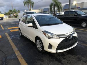 2015 Toyota Yaris for Sale in Miami, FL