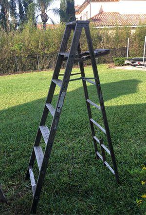 5 foot wooden ladder for Sale in Winter Springs, FL