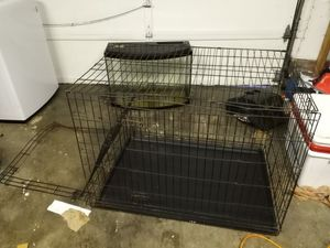 FREE fixable dog crate (pending pickup) for Sale in Everett, WA