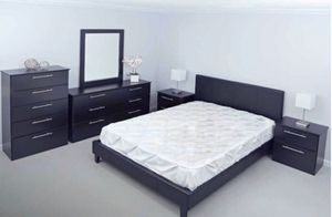 New king 6 pieces bed frame mirror dresser chest and nightstands mattress sold separately for Sale in Pompano Beach, FL