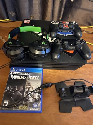 PS4 pro bundle for Sale in National City, CA