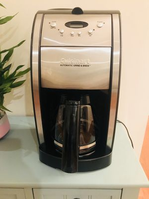 Cuisinart programmable coffee maker with grinder for Sale in Fairfax, VA