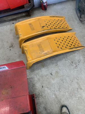 Vehicle ramp,jumping cables, and small gas can selling everything together for 30.00 for Sale in Washington, DC