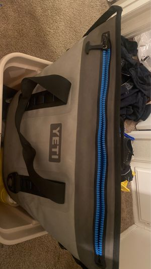 Yeti cooler for Sale in El Cajon, CA