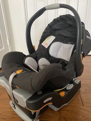 Chicco car seat for Sale in San Ramon, CA