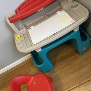 Kids Desk for Sale in Pedricktown, NJ