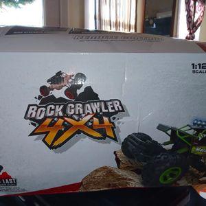 Brand new Rock crawler 4x4 (1:12scale) 2.4ghz Remote control for Sale in Warwick, RI