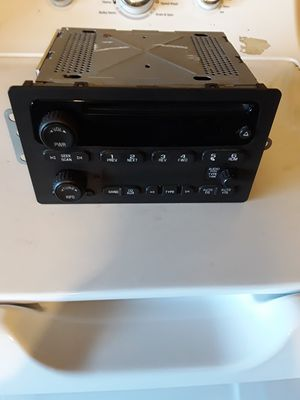 Factory radio for chevy 2003 to 2007 $25 for Sale in Orange, TX