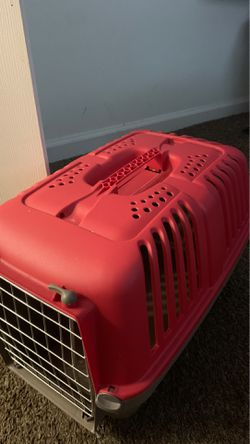 Plastic dog & cat kennel for Sale in Indianapolis,  IN