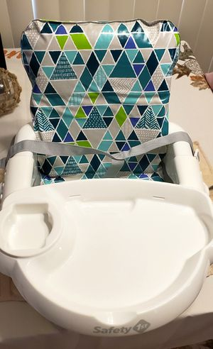 Safety 1st Booster Seat for Sale in Clovis, CA