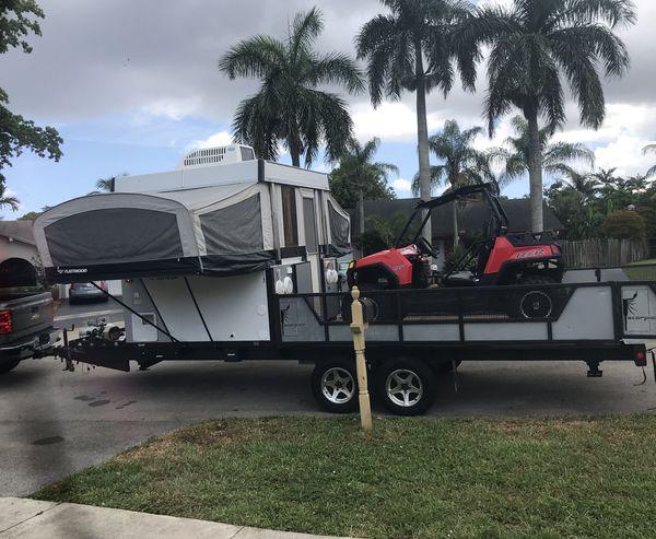 Toy hauler Fleetwood scorpion S1 pop up camper for Sale in ...
