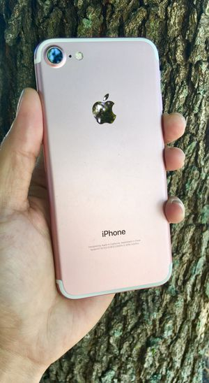 NO TAX- iPHONE 7 UNLOCKED - LIKE NEW - REAL PICS for Sale in Tampa, FL