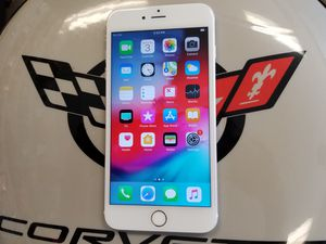 Unlocked Gold iPhone 6S Plus 16 GB for Sale in Port St. Lucie, FL