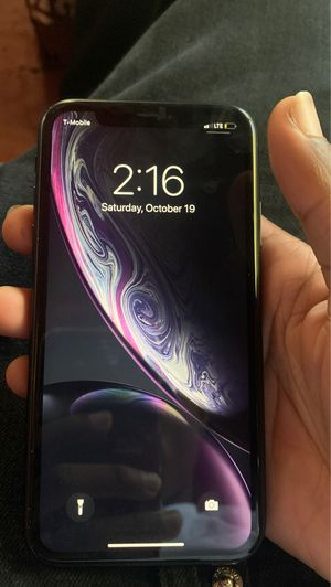 iPhone XR for Sale in Lexington, KY