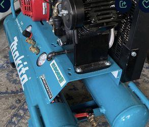 Makita, Compresor De Gas. for Sale in Houston,  TX