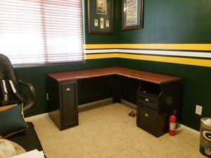 Desk for Sale in Buckeye, AZ