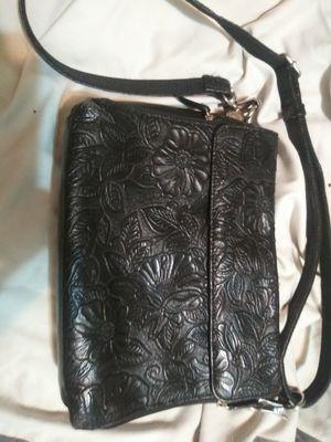 Gun Tote'n Mamas Bag for Sale in Sugar Hill, GA