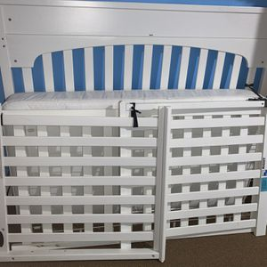 Crib With Mattress for Sale in Hyattsville, MD