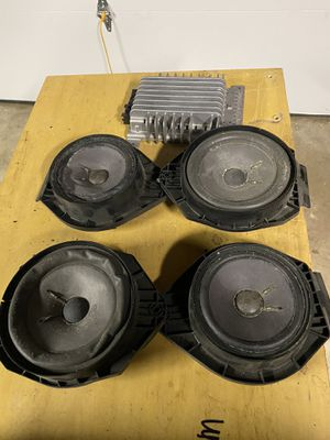 07+ Chevy gmc Cadillac Bose speakers and amp for Sale in Pitman, NJ