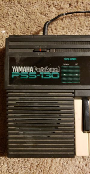Yamaha Portasound PSS-130 from 1987 for Sale in Des Plaines, IL