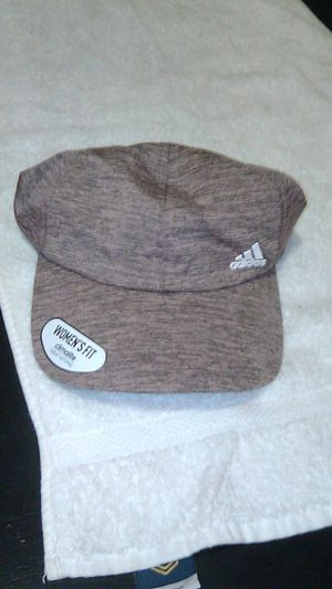 ADIDAS WOMEN'S FIT** HAT* CLIMATE for Sale in Gresham, OR