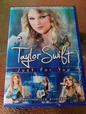 Taylor Swift just For You DVD for Sale in Toledo, OH