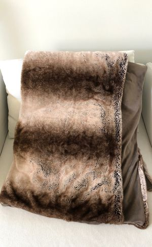 Faux fur throw blanket for Sale in Los Angeles, CA