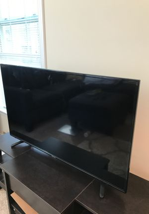 "Hisense 43"" smart tv for Sale in Fairfax, VA"