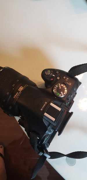 Nikon D5200 Digital Camera with Nikon 55-200mm Zoom Lens, Altura Wide Angle Lens and Camera Bag. for Sale in Lacey, WA
