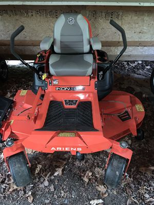 Ariens Ikon XD 60 in Kawasaki Riding Lawn Mower for Sale in Medford, NJ