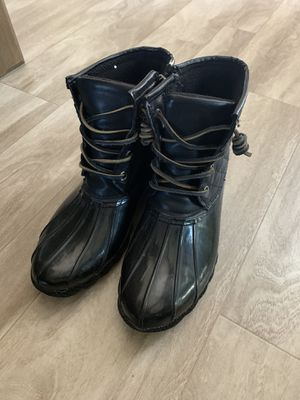 Women's Steve Madden rain boots size 8 for Sale in Diamond Bar, CA