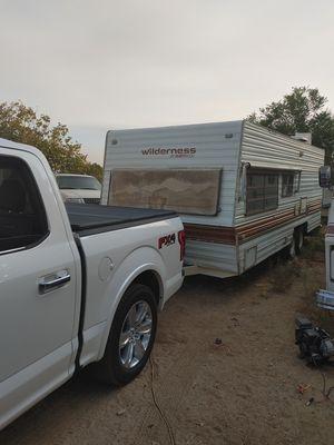 1984 wilderness camper trailer for Sale in Riverside, CA