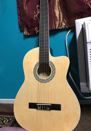 Fever guitarra electro acústica for Sale in Garden Grove, CA