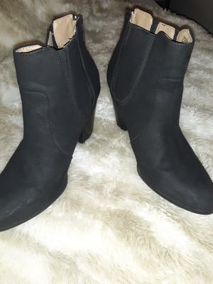 Womens black sz 8.5m boots (15.00) firm for Sale in Cleveland, TN