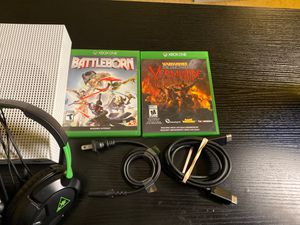 Xbox One S with Turtle beach headset and 2 games for Sale in District Heights, MD
