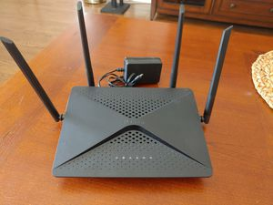 D-link ac2600 exo dir 882 wireless router for Sale in Long Beach, CA